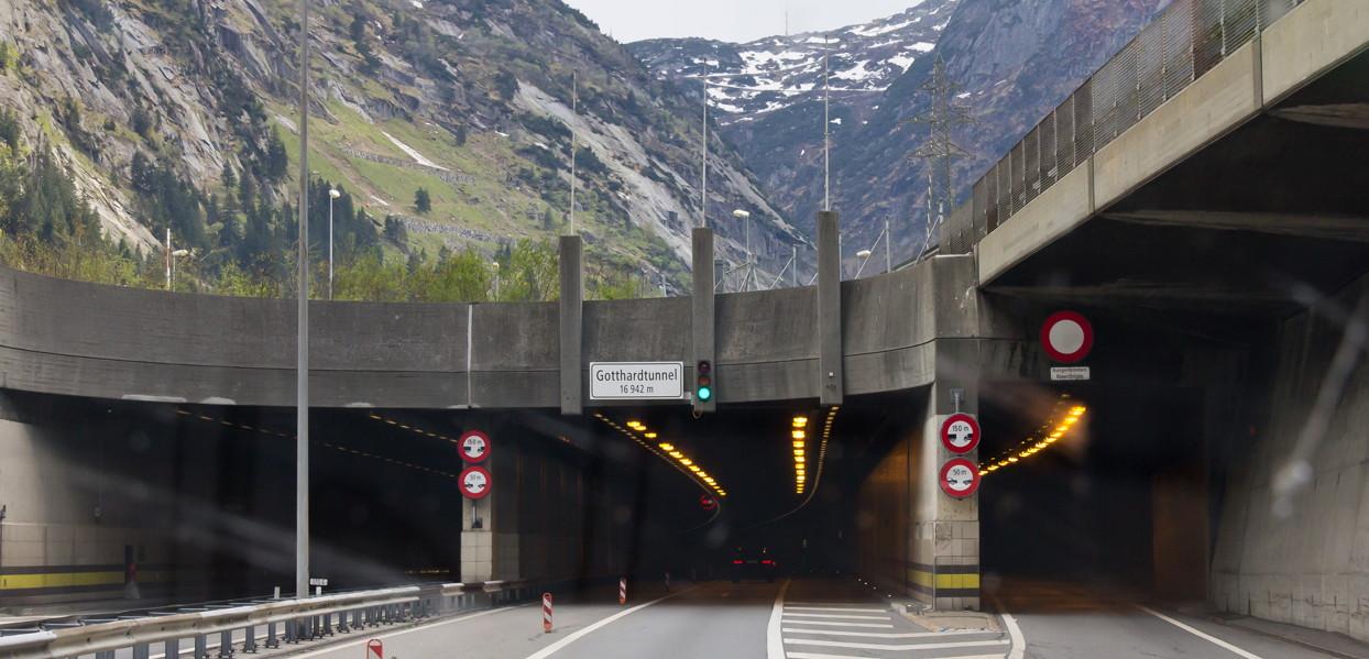 Gotthard-Strassentunnel Nord-Süd