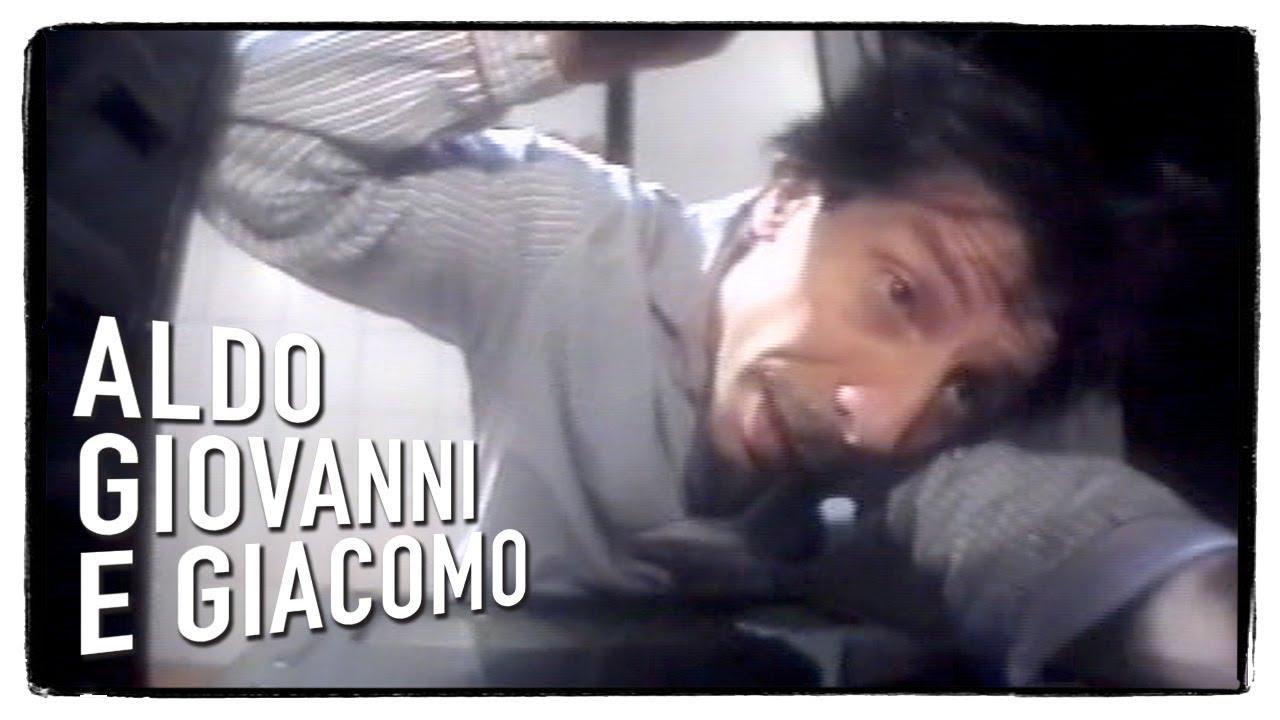 """""""Gli Svizzeri"""" di Aldo, Giovanni e Giacomo – Il singhiozzo di Rezzonico"""