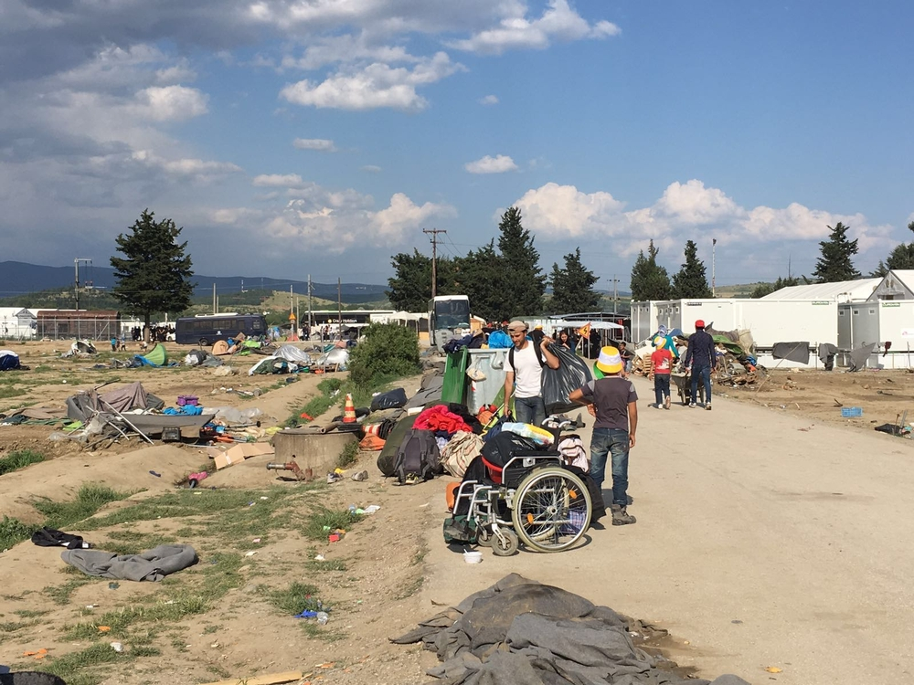 On the 24th of May, the Greek police started to evacuate the camp of Idomeni, a transit camp where thousands of refugees have been stranded for over two months without adequate humanitarian assistance and with no access to asylum procedures. In the first hours of the morning, several hundred riot police started to slowly fill buses with the first groups of people to leave. According to Greek authorities at least 37 buses carrying more than 1780 people were evacuated in the first 12 hours. The situation is currently calm and whilst volunteers have been prevented from accessing the camp, MSF still has restricted access and continues to carry out our medical activities with a reduced team of 8 people (medical and deputy fieldco). MSF is not opposed to the movement of people from Idomeni to other locations, if they will be provided with better conditions, and if this is done on a voluntary basis by providing the refugees with sufficient information about the destination so they can take an informed decision. MSF asks the authorities to ensure that volunteers and NGOs are allowed to continue to access the people living at Idomeni camp for as long as they are there.
