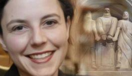 Ada Marra: 2000 franchi a chi mi trova un burqa