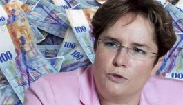 La miliardaria cerca soldi