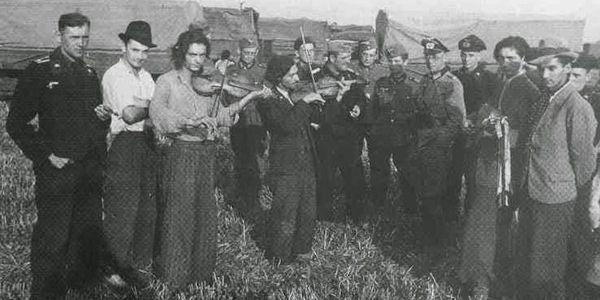 Auschwitz-orchestrina-600×300