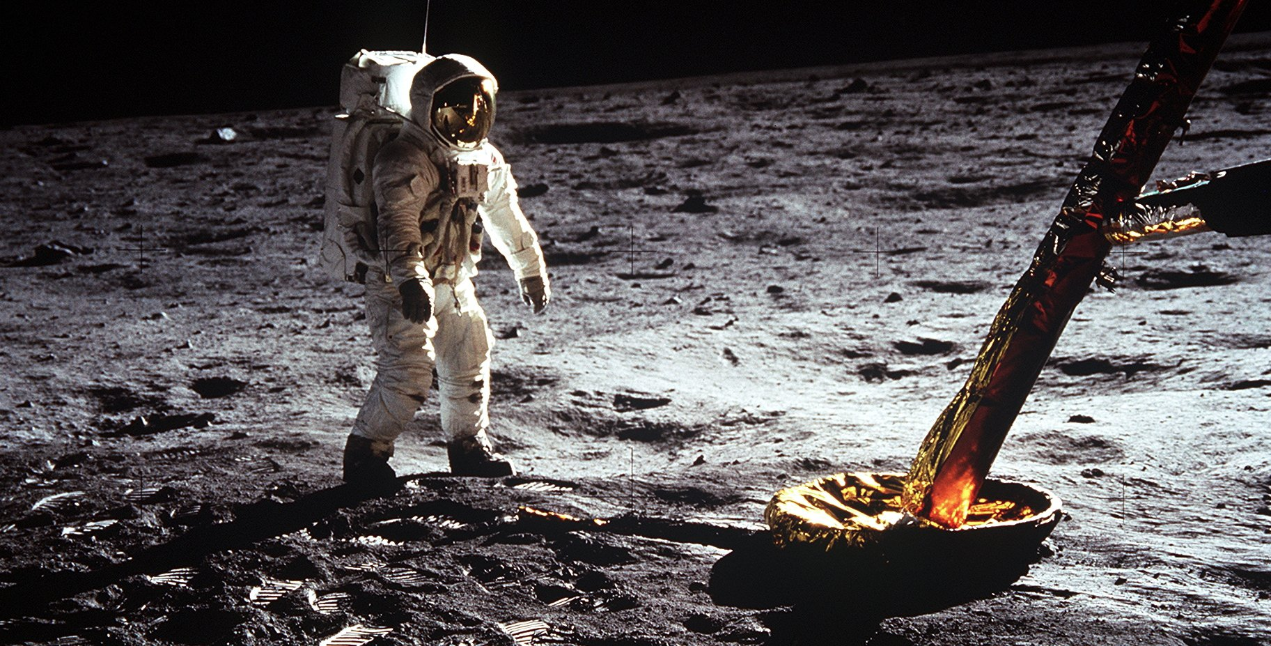Apollo-11-as11-40-5902orig-Featured