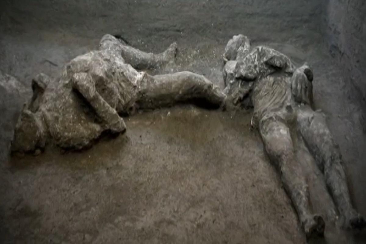 Ritrovamento-Corpi-Pompei
